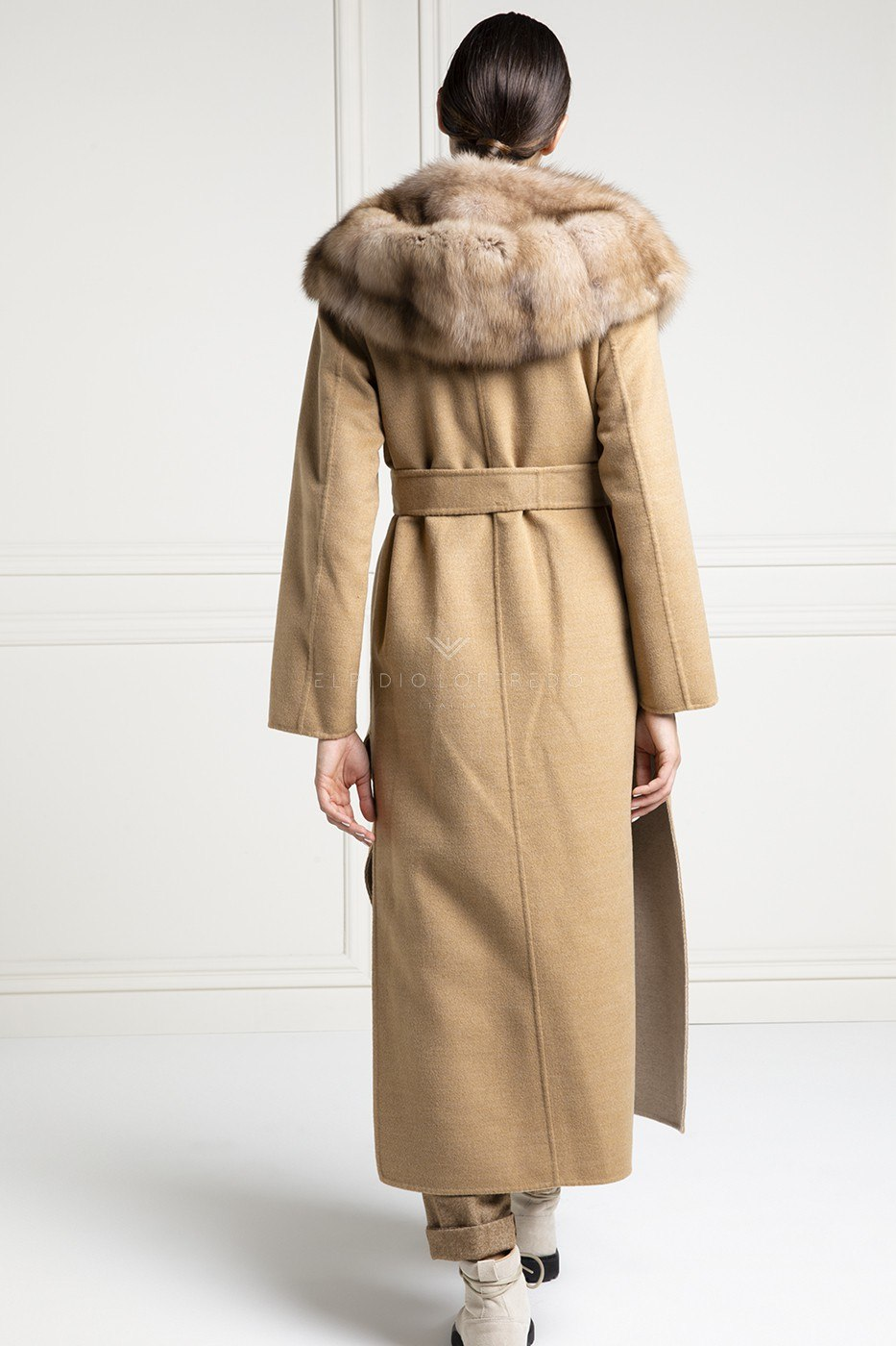 Beige Cashmere Loro Piana Coat with Barguzinsky Russian Sable Fur