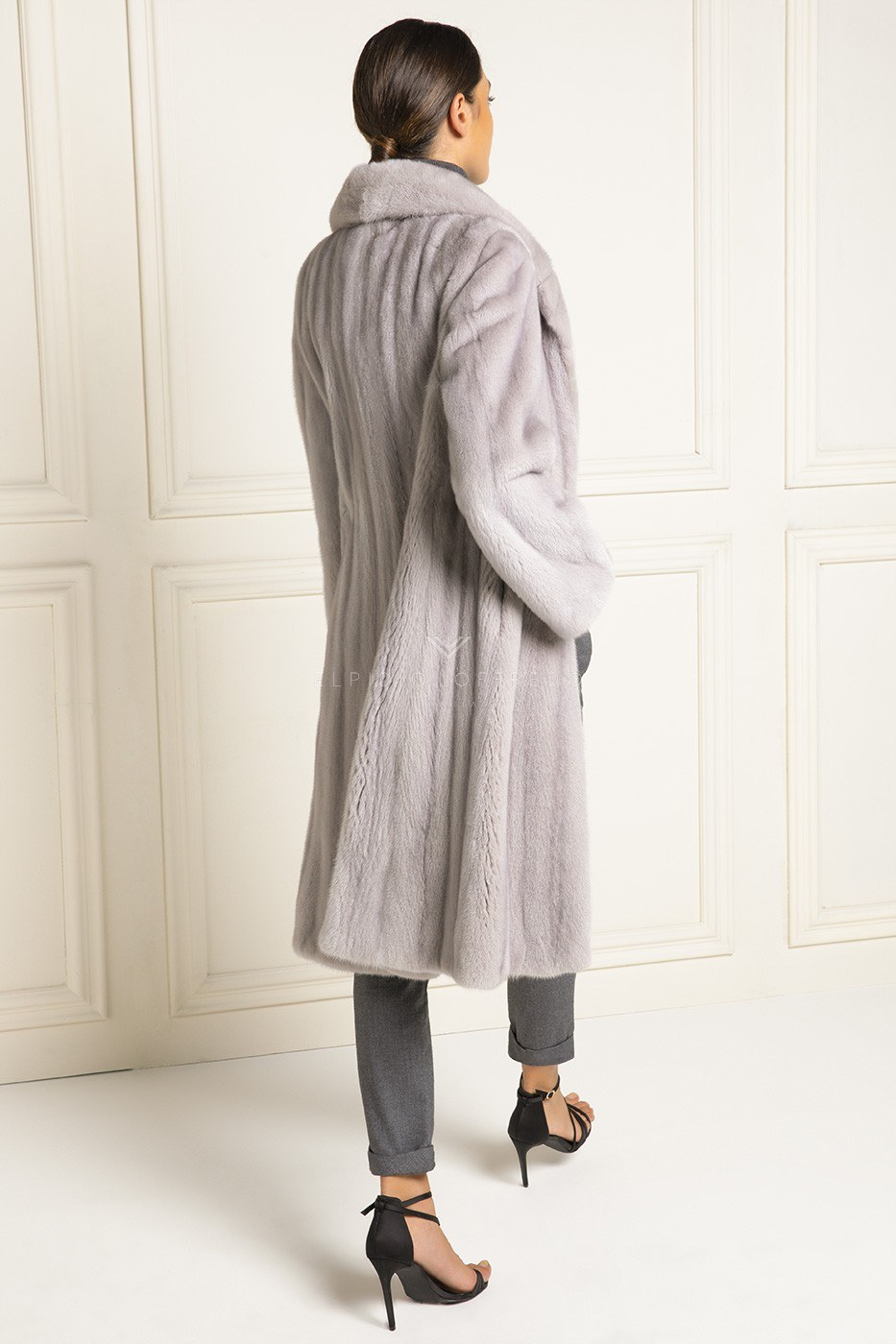 Female Mink Coat - Rever Collar - Length 105 cm