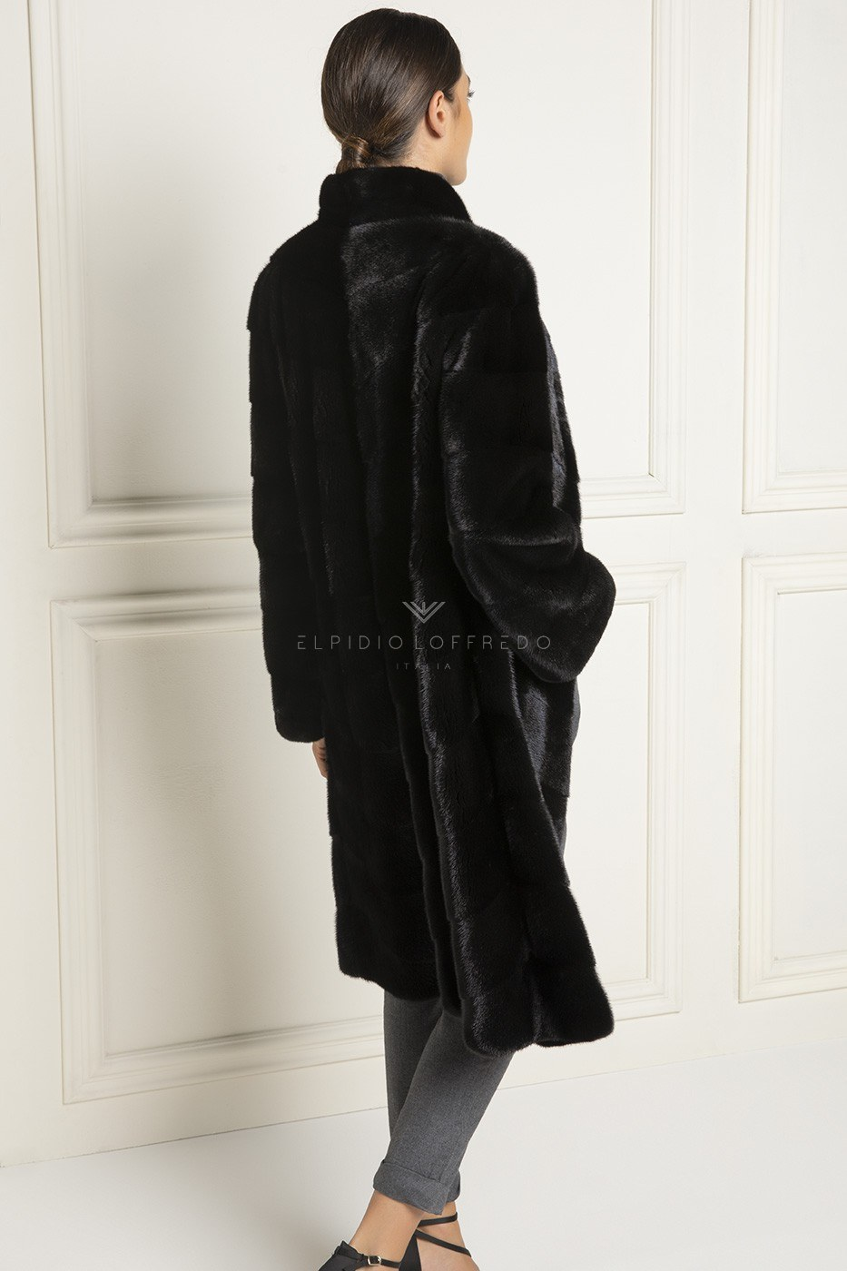 Blackglama female Mink Coat with Round Collar - Length 105 cm