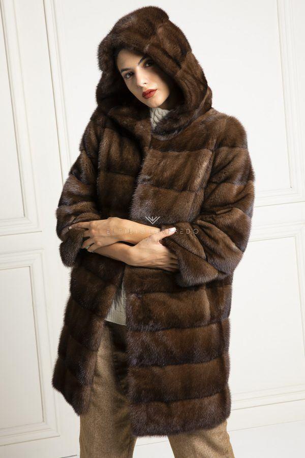 Cappotto di Visone Marrone con Cappuccio - Lunghezza 90 cm