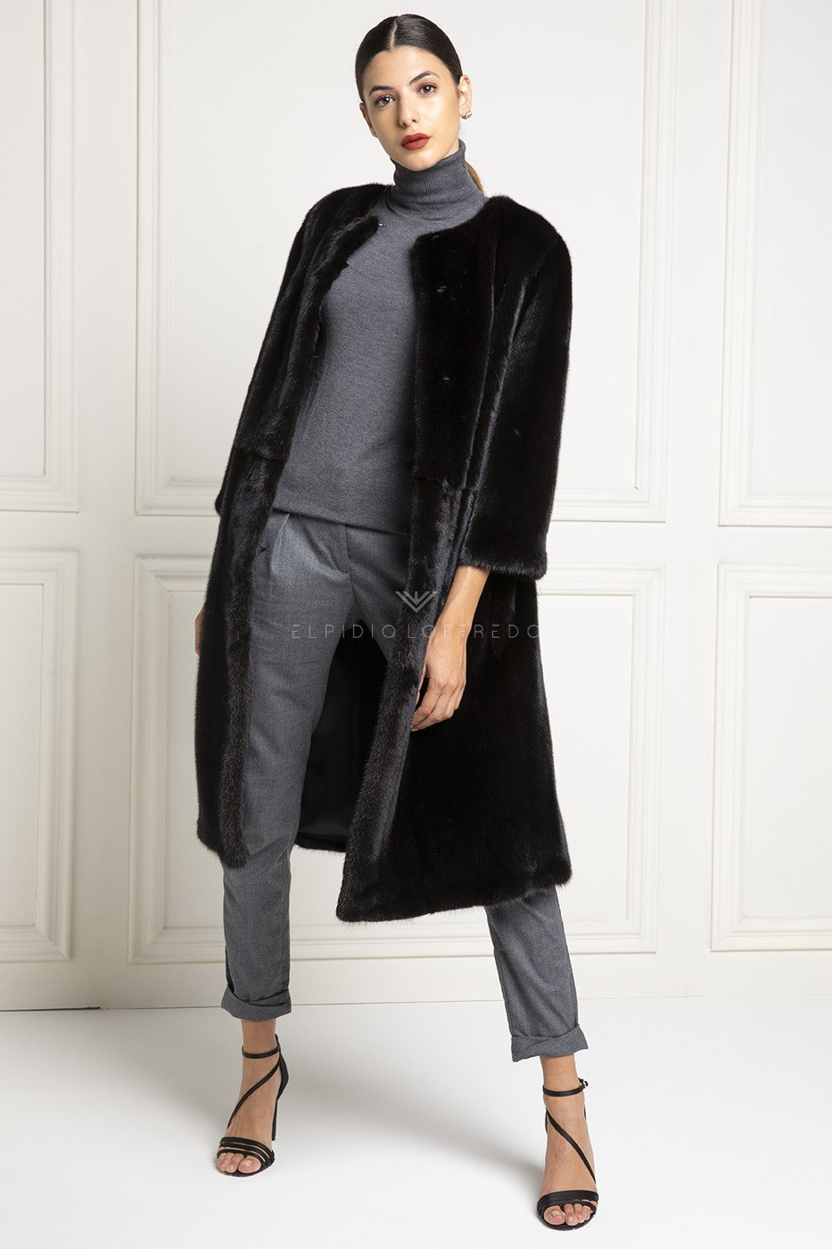 Blackglama Mink Coat with Plat Collar - Length 105 cm