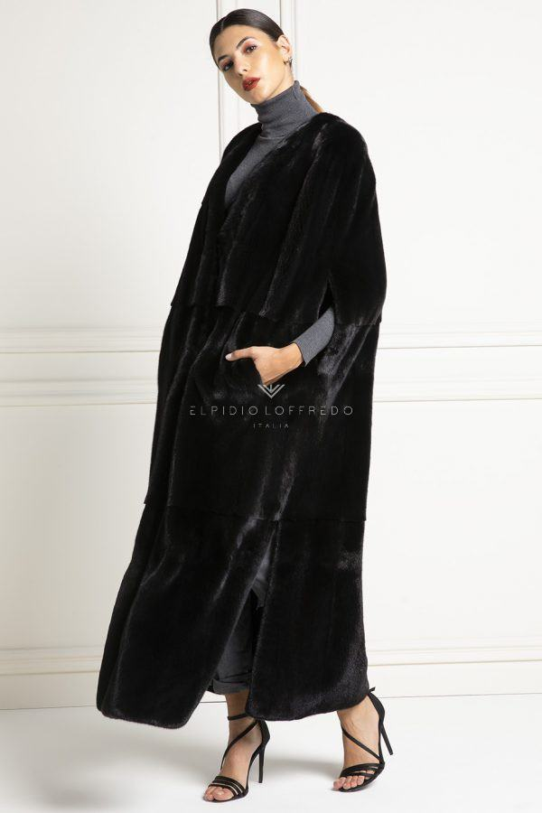Blackglama Mink Capes - Length 130 cm