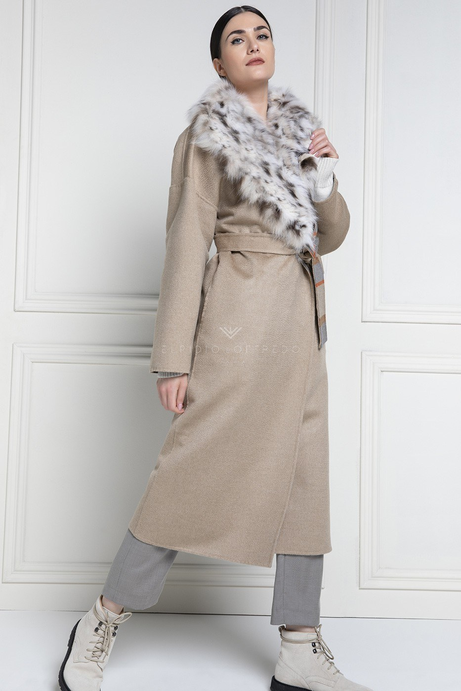 Cashmere Loro Piana Coat with Lynx Fur and Shawl Collar - Length 115 cm