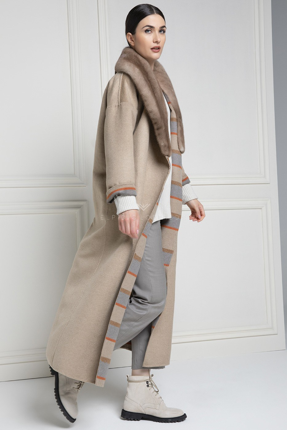 Cashmere Loro Piana Coat with Mink Fur - Length 130 cm