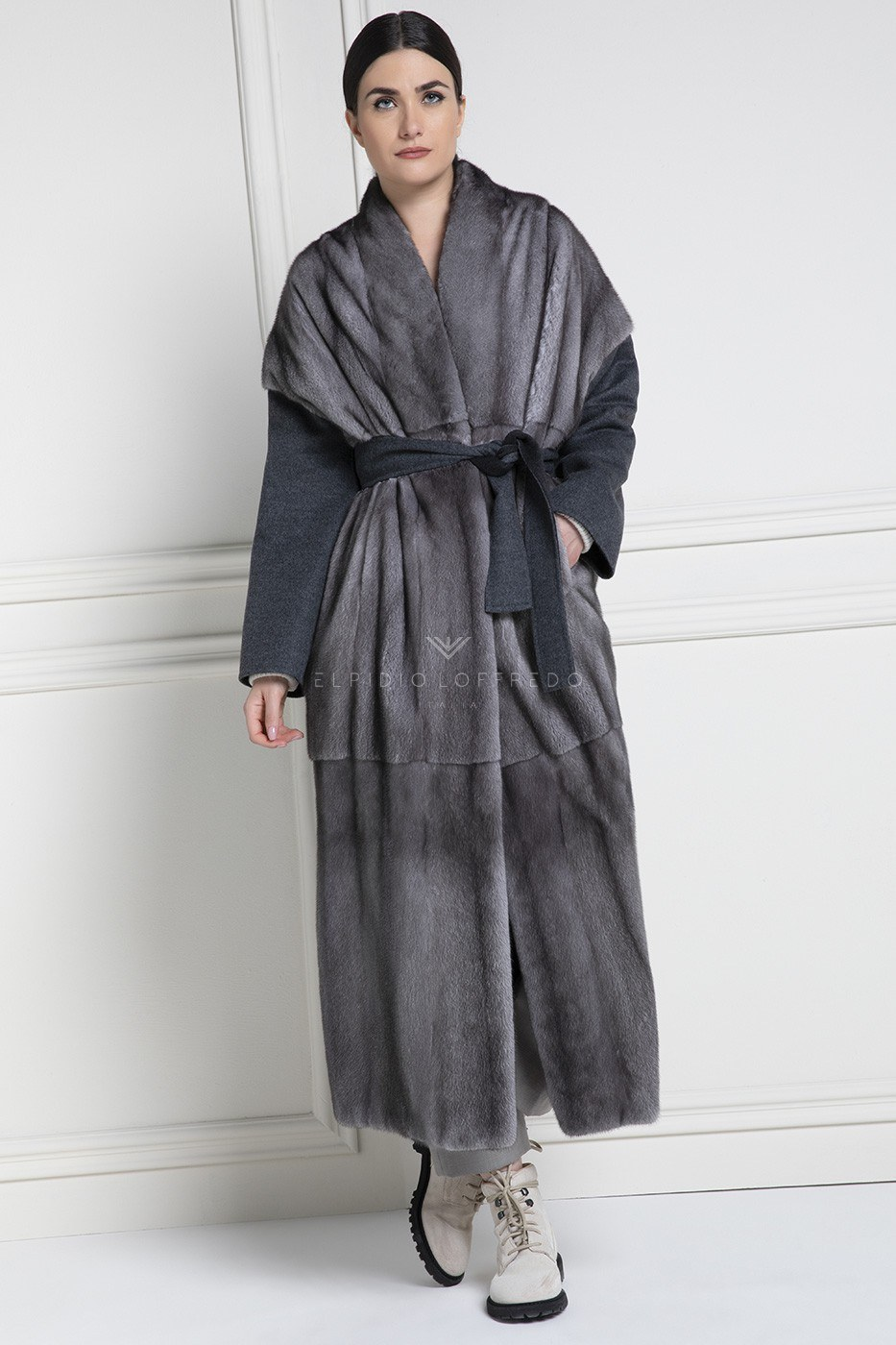 Cashmere Loro Piana with Blue Iris Mink Fur Nafa Quality - Length 130 cm