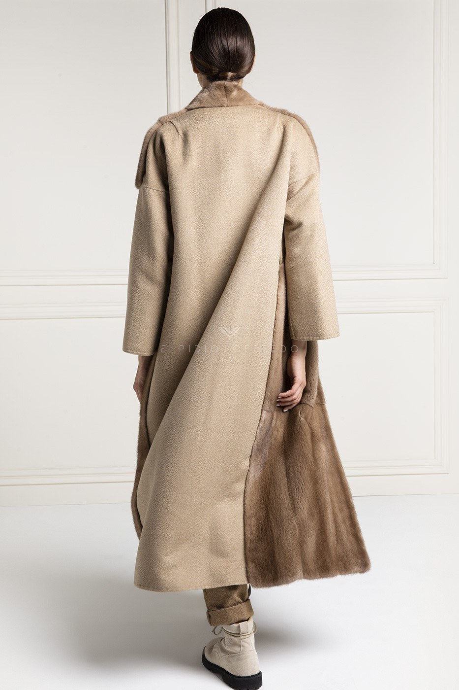 Cashmere Loro Piana Coat with Pastel Mink Fur - Length 130 cm