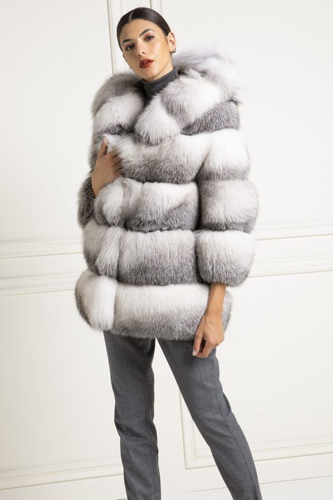La pelliccia di Volpe insieme alla pelliccia di visone sono in assoluto  quelle più conosciute ed indossate 6b90469b7da