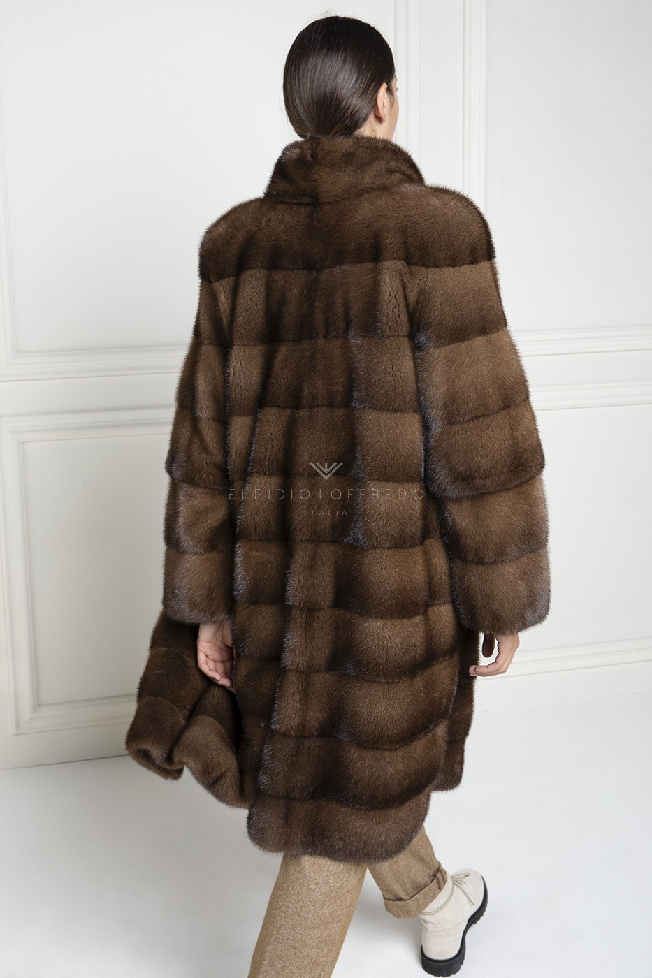 Brown Mink Fur Coat with Round collar - Length 105 cm
