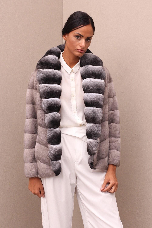 Le giacche in pelliccia negli ultimi anni hanno avuto un vero e proprio  successo nel campo della moda 4f7e0e1e749