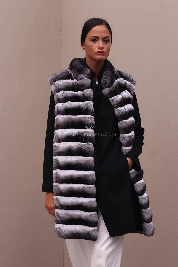 Cashmere Loro Piana with Natural Chinchilla Fur - Length 90 cm