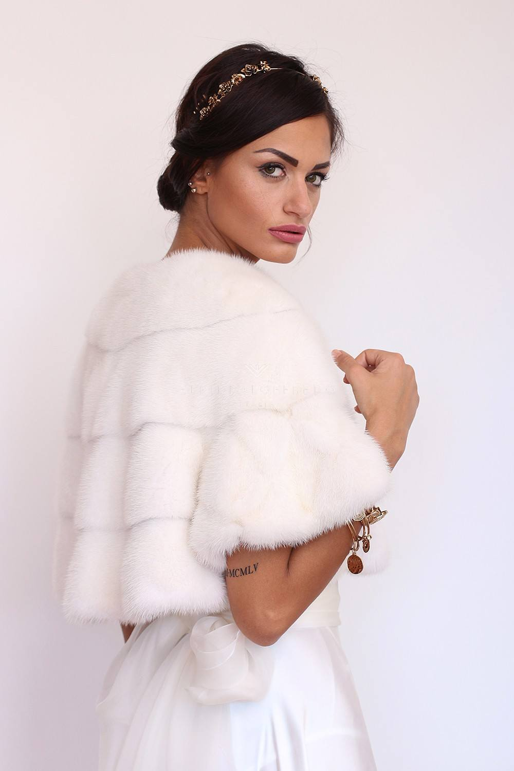 White Mink Jacket with Hooks - Length 40 cm