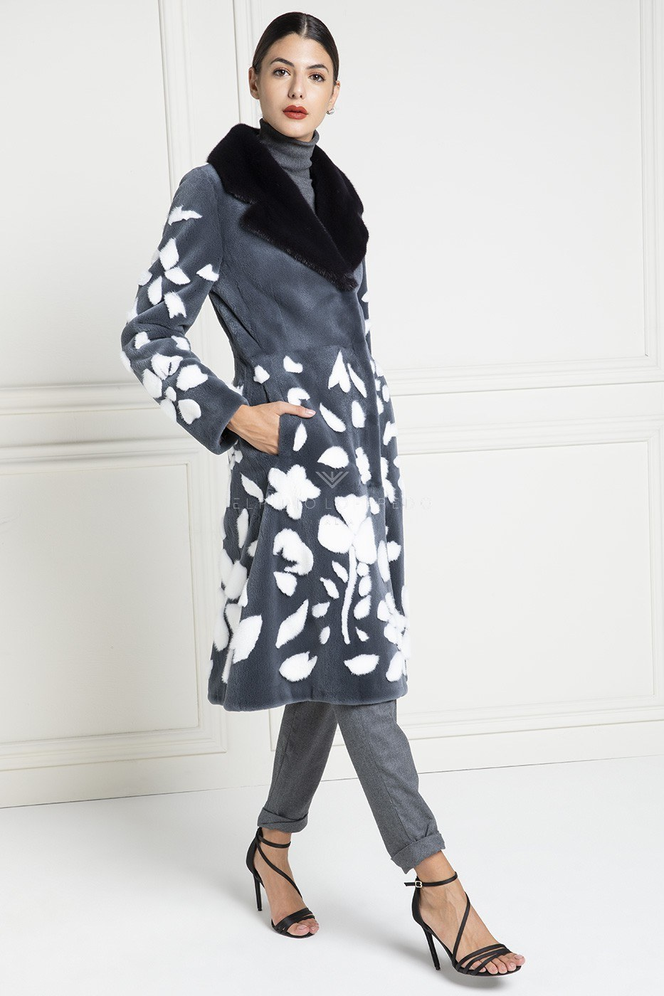 Sheared Mink Coat with Black Collar - Length 110 cm