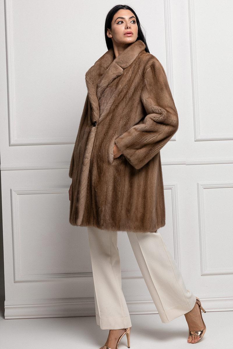 Cappotto di Visone Trasportato Pastello