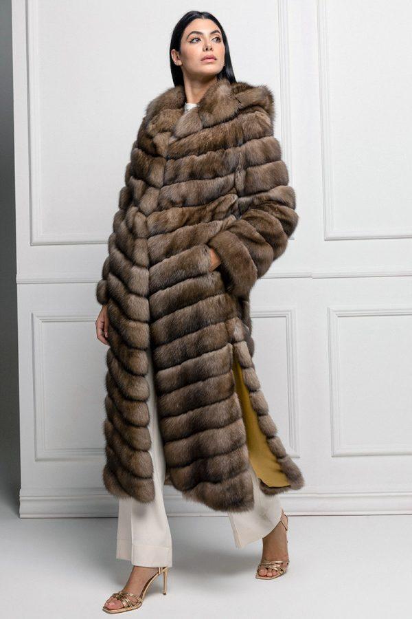 Cappotto di Zibellino Russo con Cappuccio