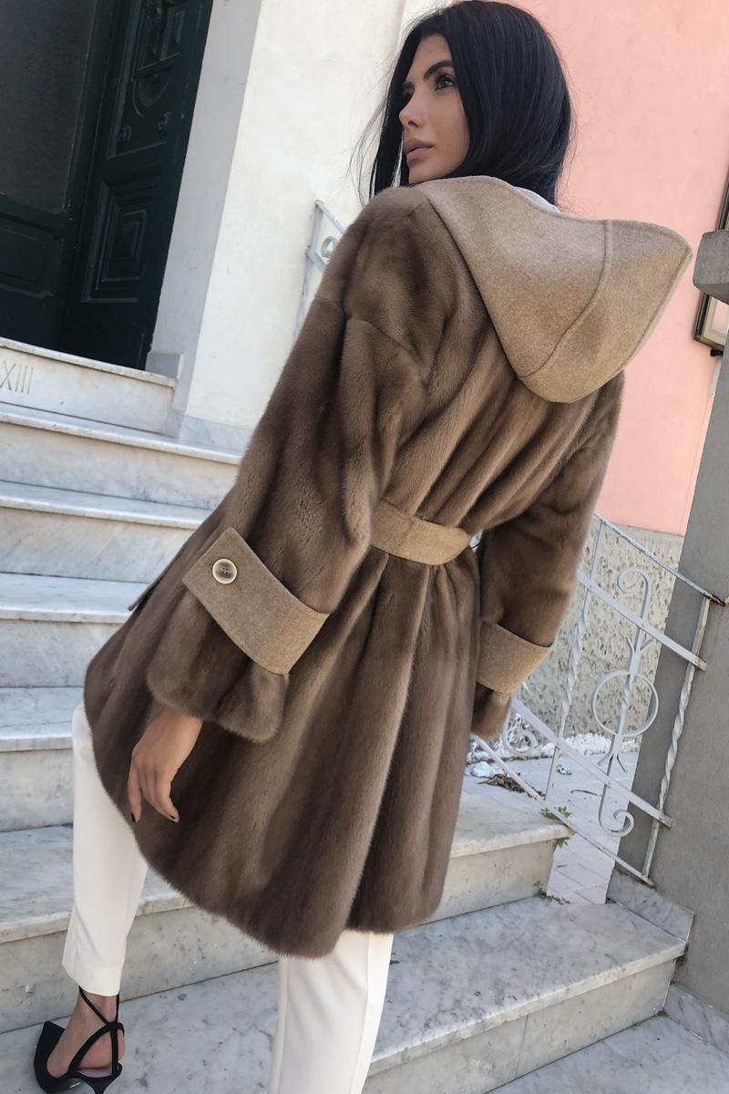 Пальто из Кашемира с Капюшоном и Норкой Pastel